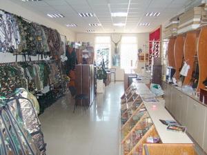 Купити мисливську зброю,  набої та аксесуари у Чернівцях варто у магазині Сокіл. Фото