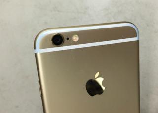 iPhone 6 могут испортить дешевые джинсы