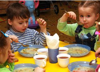 Безкоштовне харчування для дітей бійців АТО в школах та садочках